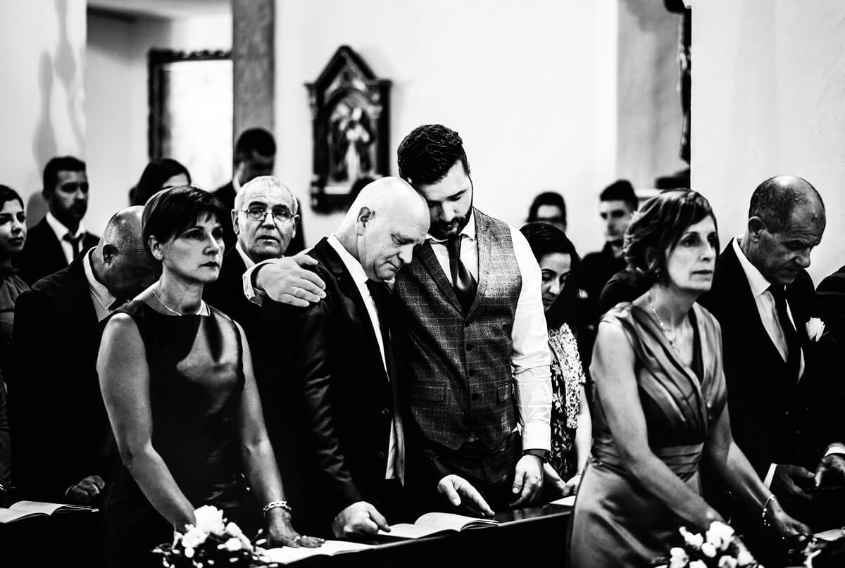 Fotografia di matrimonio in chiesa. Beniamino Lai, Fotografo professionista di Matrimonio in Sardegna.