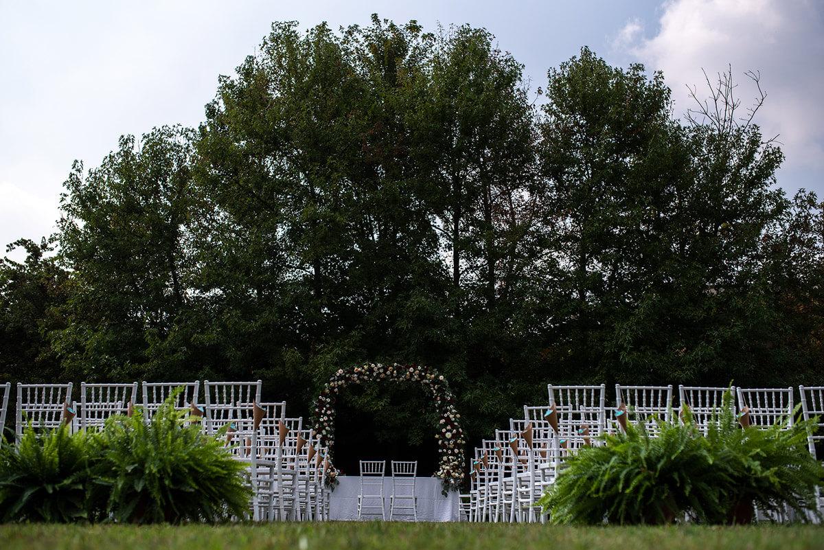 Matrimonio in campagna. Fotografo di matrimonio all'Antico Borgo Certosa, Pavia.