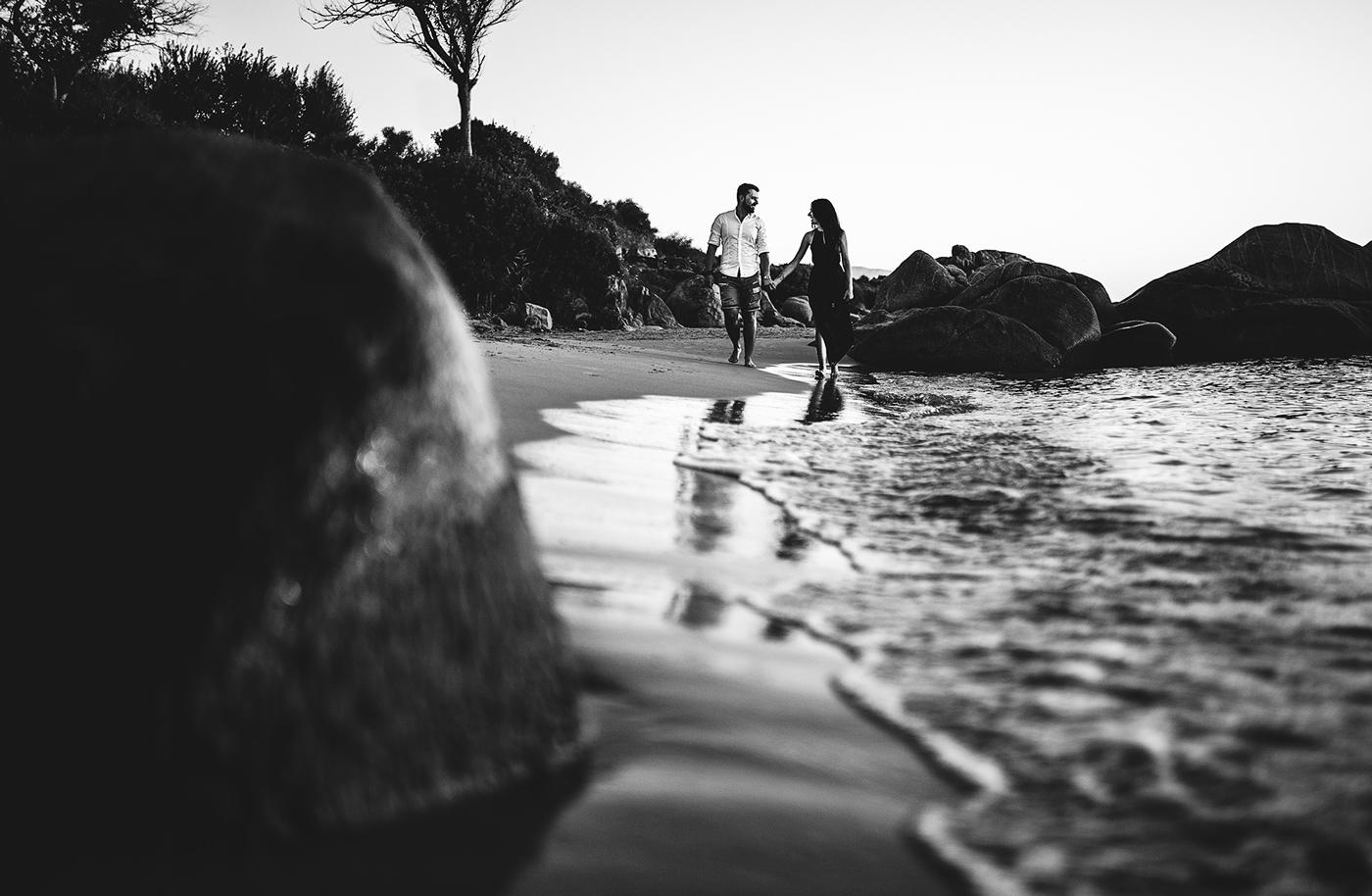 Servizio fotografico prematrimoniale in spiaggia a Tortolì, Sardegna