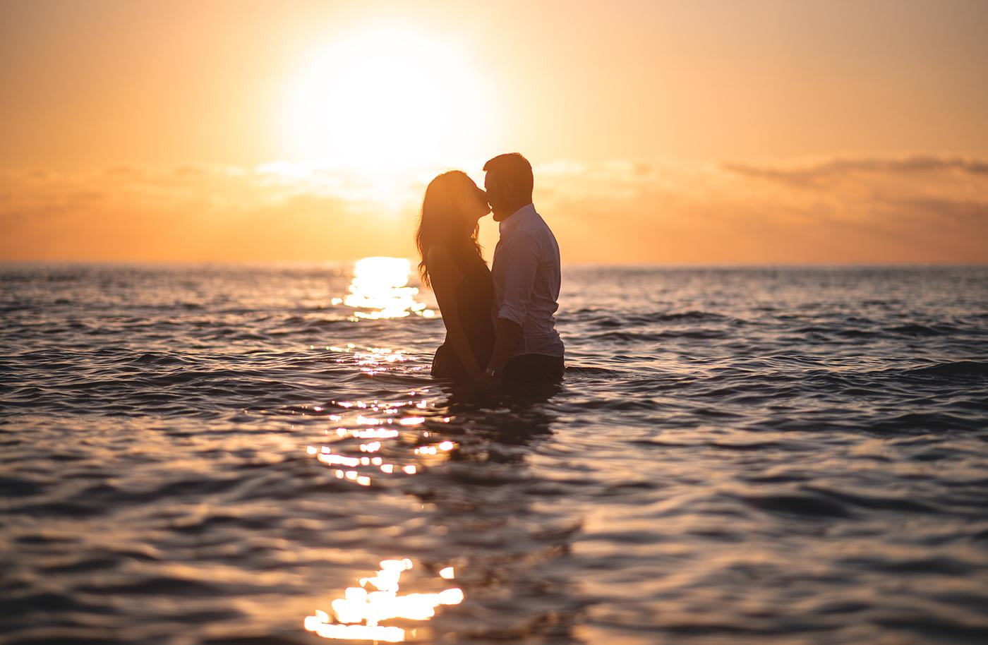 Pre-wedding photography service on the beach in Tortolì, Sardinia